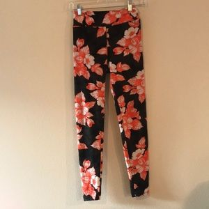 Lularoe orange floral print leggings